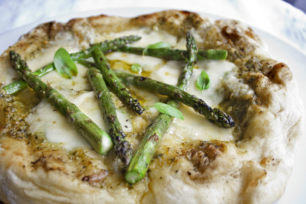 Grilled Asparagus Pizza